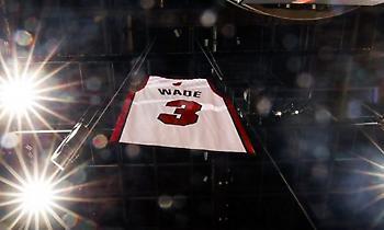 NBA: Ο Ουέιντ και οι υπόλοιπες φανέλες που πέρασαν στο πάνθεον της ιστορίας!