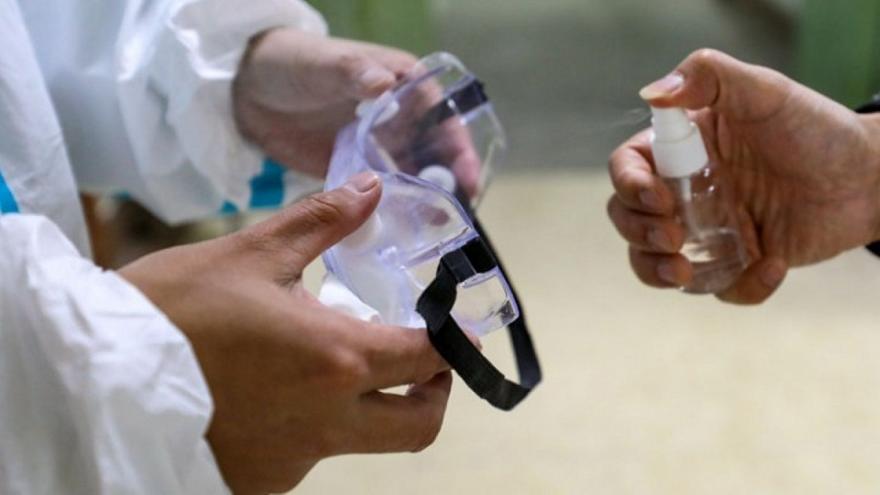Υπουργείο Υγείας: Τα μέτρα για να αποφευχθεί η διασπορά του κορωνοϊού μετά την 38χρονη