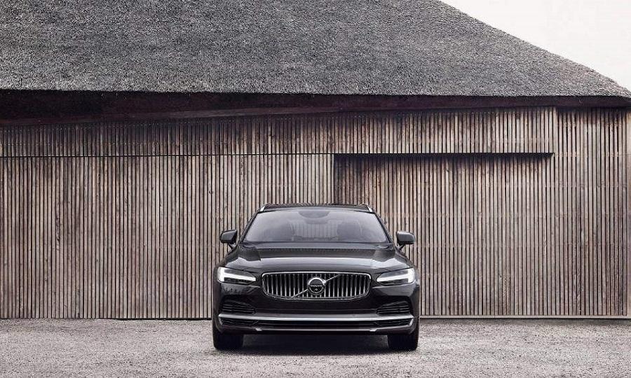 Η Volvo Cars παρουσιάζει τα ανανεωμένα S90 και V90