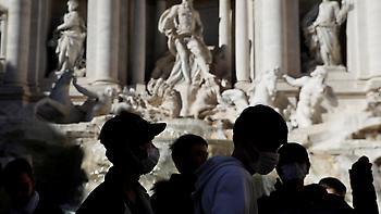 Οκτακόσια ογδόντα οκτώ τα κρούσματα κορωνοϊού στην Ιταλία