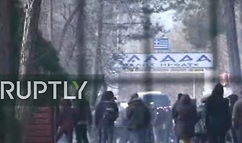 Live Έβρος: Νέος γύρος επεισοδίων μεταξύ αστυνομικών και μεταναστών στις Καστανιές