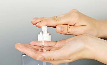 Πόσο διαρκεί η απολύμανση των χεριών μετά από χρήση απολυμαντικού υγρού;