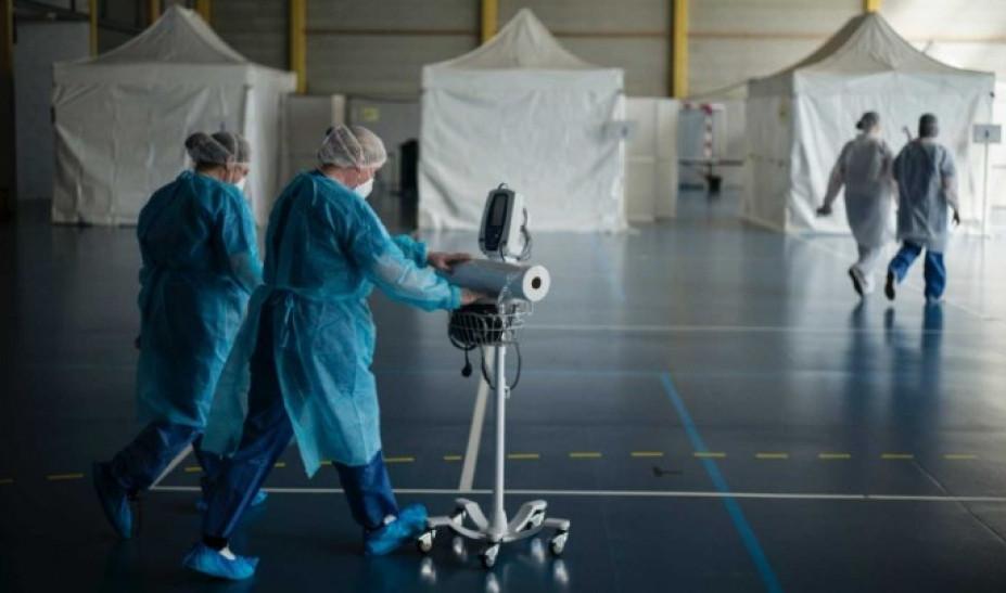 Κορωνοϊός - Γαλλία: 365 νεκροί σε μια ημέρα, 1.696 συνολικά