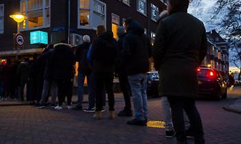 Ολλανδία: Παρατείνεται μέχρι 28 Απριλίου το κλείσιμο σχολείων, εστιατορίων και μπαρ
