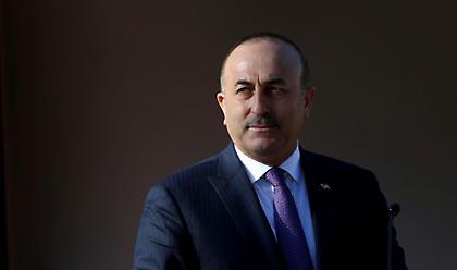 Τσαβούσογλου: 98 Τούρκοι νεκροί από κορωνοϊό στο εξωτερικό