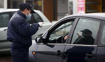 Κορωνοϊός: 2.561 παραβάσεις για άσκοπες μετακινήσεις- 9 συλλήψεις για λειτουργία καταστημάτων