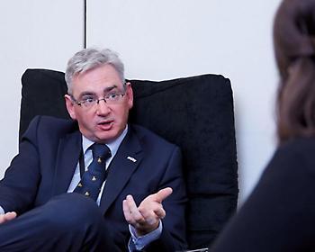 Επίθεση του προέδρου Επιτροπής Αθλητισμού στην Premier League για τις περικοπές σε υπαλλήλους
