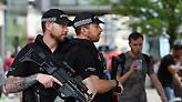 Βρετανία: Έφοδος της αστυνομίας σε... κλειστό comedy club