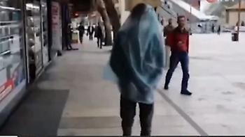 Κορωνοϊός – Τουρκία: «Ξεπουλάνε» τουρσί και ξίδι - Και σακούλα για προστασία (video)