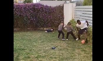 Ντριμπλάρει τα παιδιά του ο Καφού (video)