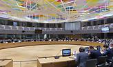 Συνεδριάζει το Eurogroup για τη στήριξη της ευρωζώνης - Οι διαφωνίες, τα σενάρια