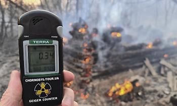 Ουκρανία - Τσερνόμπιλ: Τριπλασιάστηκε σε έκταση η φωτιά - Διαβεβαιώσεις για ραδιενέργεια