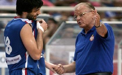 Ίβκοβιτς: «Με σπασμένα δάχτυλα παίζει ο Μίλος»