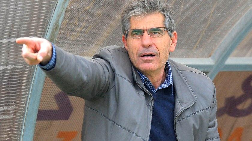 Αναστασιάδης: «Ήθελα ΑΕΚ, αλλά απαντάει… άλλος»