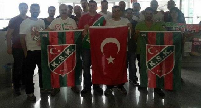 Ήρθαν στην Αθήνα με τα… σπρέι τους οι οπαδοί της Καρσίγιακα! (pics)