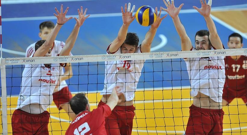 Στάση στην Σύρο για Ολυμπιακό