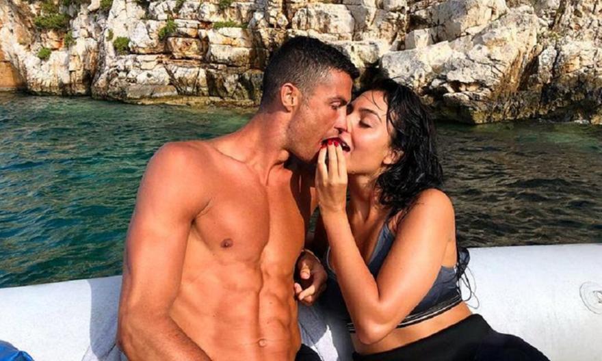 Sun: «Ο Ρονάλντο άφησε φιλοδώρημα 20.000 ευρώ στο Costa Navarino»