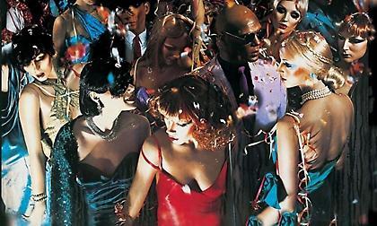 Bryan Ferry: Ο άνθρωπος πίσω από τα εξώφυλλα των Roxy Music, που επηρέασαν μία ολόκληρη γενιά