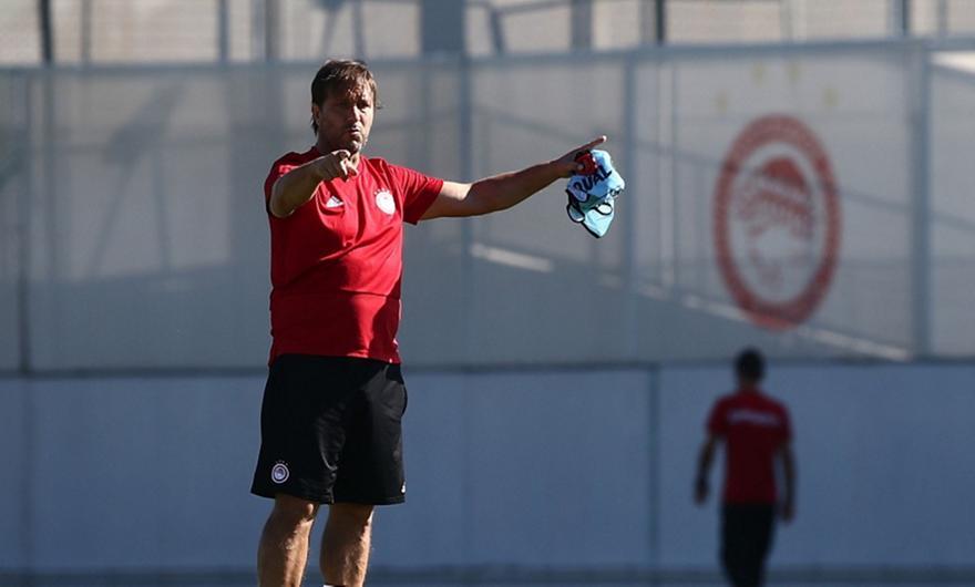 Νικολακόπουλος: «Τι ''χρωστάνε'' επτά ερυθρόλευκοι στον Μαρτίνς»
