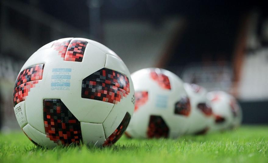 Το ποδόσφαιρο δεν χρειάζεται συνέταιρους, αλλά αντίπαλους!