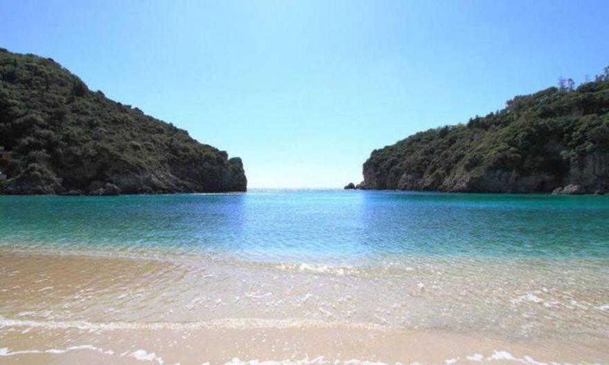 Πολύ μπροστά: Το μόνο νησί στην Ελλάδα που θα μπορούσε να ζήσει ένας Αθηναίος και το χειμώνα (pics)
