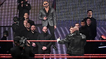 To WWE στον ΣΚΑΪ: Όλα όσα θα δείτε απόψε στο RAW