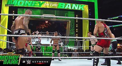 Money in the Bank 2013: Ολόκληρος ο αγώνας