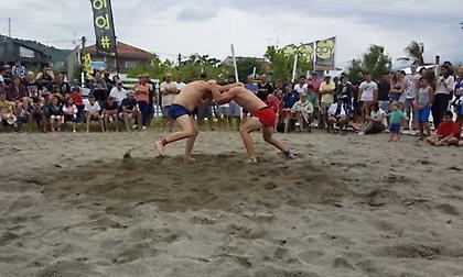 Beach Wrestling: Η ώρα των δυνατών