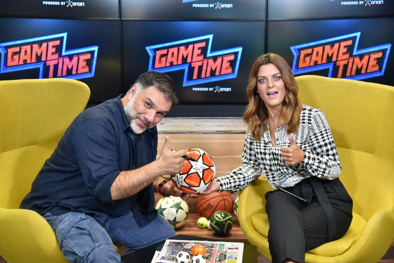 O Γρηγόρης Αρναούτογλου δείχνει τις ποδοσφαιρικές του γνώσεις στο Game Time του ΟΠΑΠ