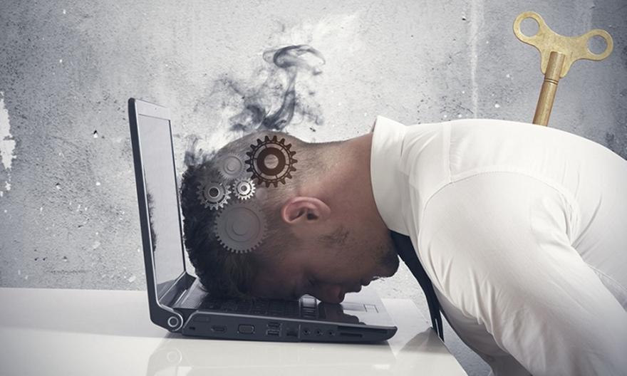 Τα σημάδια που δείχνουν ότι είστε κοντά στο επαγγελματικό… κάψιμο!