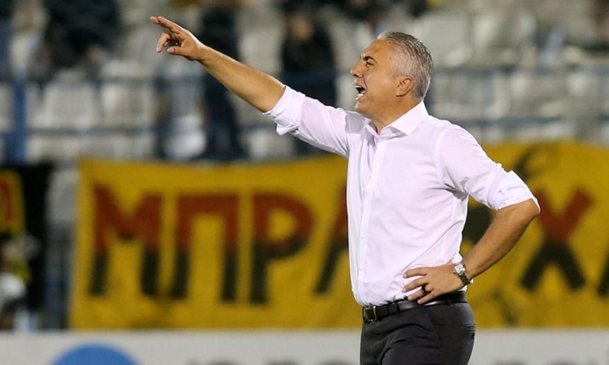 Κωστένογλου: «Να μην μοιρολατρούμε, δεν έχει τελειώσει ακόμα το πρωτάθλημα»