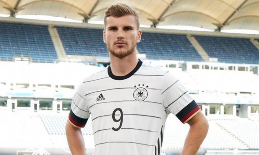 Γκάφα με ονόματα παικτών στη νέα φανέλα της Γερμανίας!