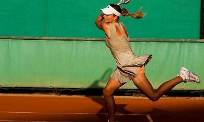 Απίστευτο πόσες θερμίδες χάνεις σε μισή ώρα παίζοντας τένις