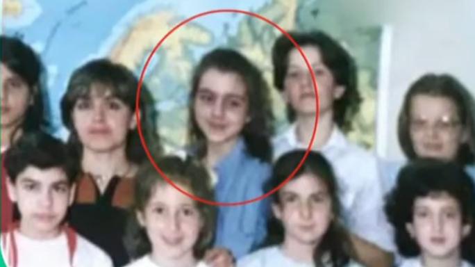 Το κοριτσάκι της φωτογραφίας είναι πλέον «σταρ»! (video)