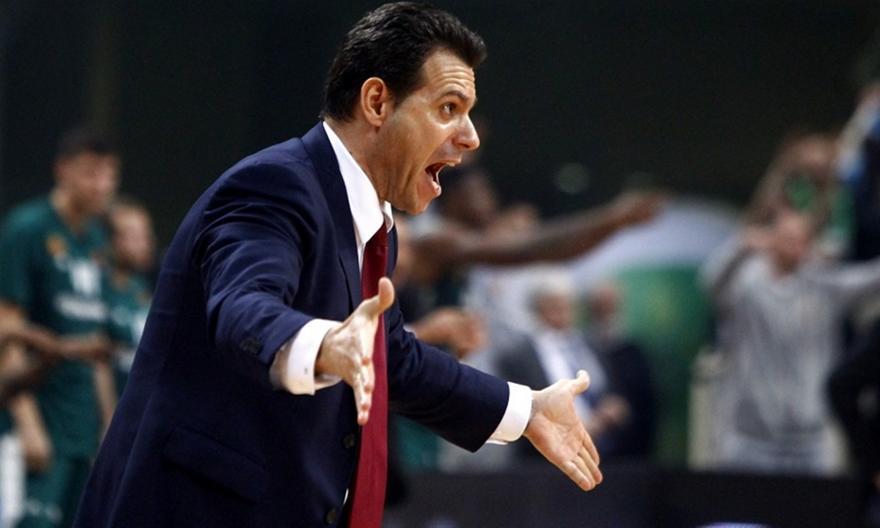 Εκνευρίστηκε με ερώτηση ρεπόρτερ ο Ιτούδης: «Ξέρετε κάτι εύκολο στη ζωή και στο μπάσκετ;» (videο)
