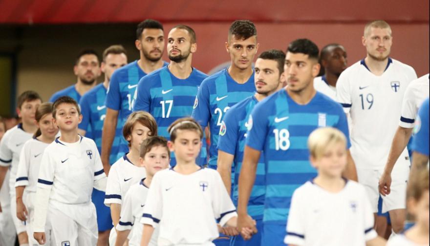 Θα γίνει «σφαγή»: Όλοι οι «μεγάλοι» για τον Έλληνα μπακ του... μέλλοντος!