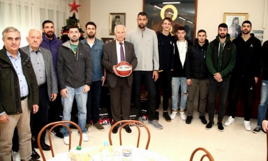 Το ελληνικό μπάσκετ «φώτισε» το Χριστοδούλειο