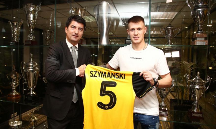 Στιγμές από την υπογραφή του Σιμάνσκι στην ΑΕΚ (pics)