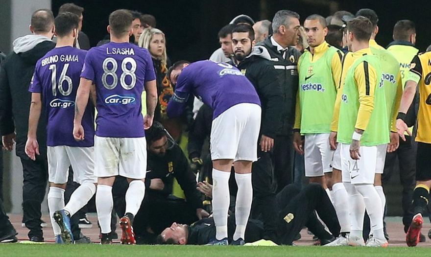 Ο λόγος της έντασης μετά το γκολ της ΑΕΚ – Τι έγινε με Βαρδάκη και Ξηροκώστα!