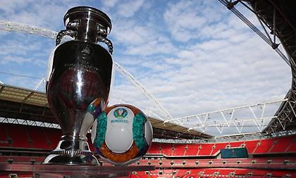 UEFA: «Λάθος το προηγούμενο ποστάρισμα, δεν έχει παρθεί απόφαση για το όνομα του Euro»