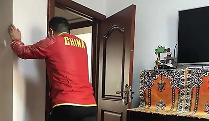 Κινέζος δρομέας έτρεξε 512 χιλιόμετρα στο σπίτι του στην καραντίνα!