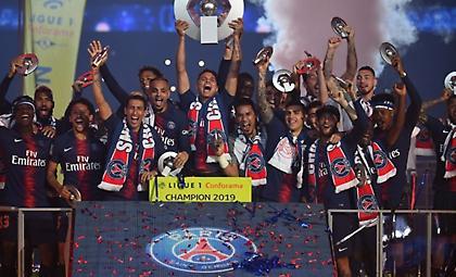 Επίσημο: Πρωταθλήτρια η Παρί, υποβιβασμός για Τουλούζ και Αμιάν, σε «θαύμα» ελπίζει η Λιόν