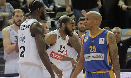 «Λογαριασμούς» έστειλε η FIBA σε ΠΑΟΚ και Ηρακλή εξαιτίας οφειλών σε παίκτες