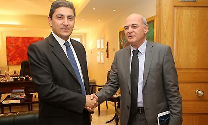 Γιατί έχει κεντράρει αποκλειστικά στις εκλογές της ΕΠΟ, ο Λ. Αυγενάκης;