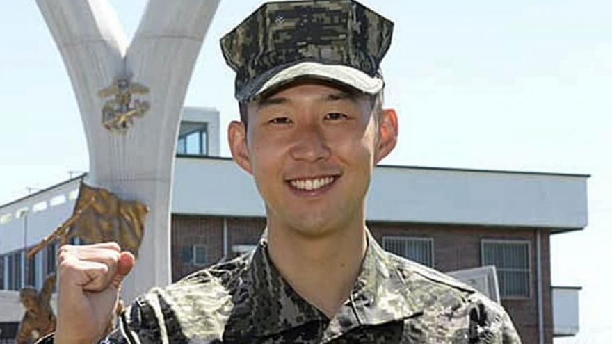 Επέστρεψε από τα... νοτιοκορεάτικα στρατά ο Σον