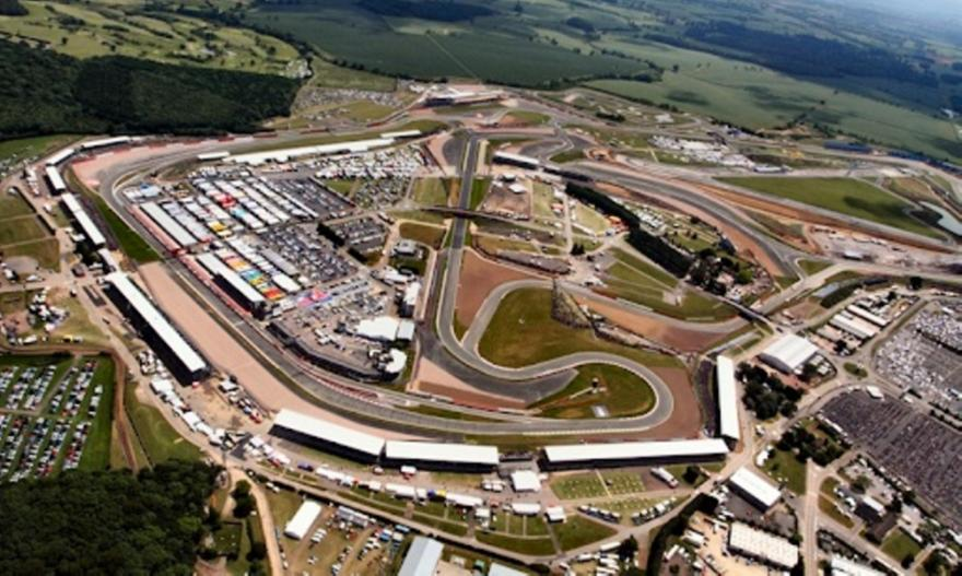 Θα φιλοξενήσει αγώνες F1 το Σιλβερστόουν