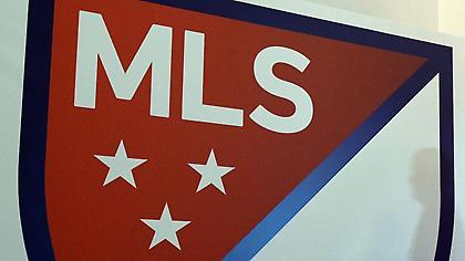 Συμφωνία για μειώσεις συμβολαίων στο MLS