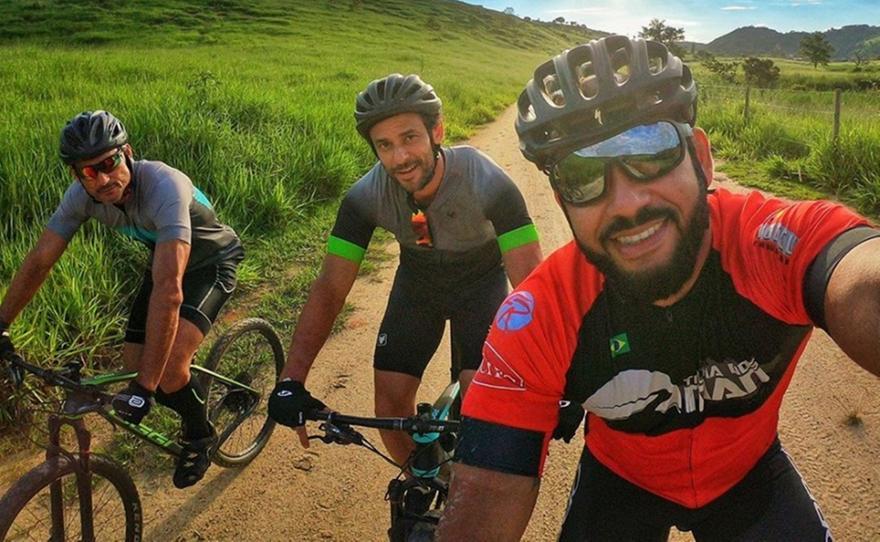 Ο Φρεντ κάνει μαραθώνιο 600 χιλιομέτρων με... ποδήλατο για να υπογράψει στη Φλουμινένσε