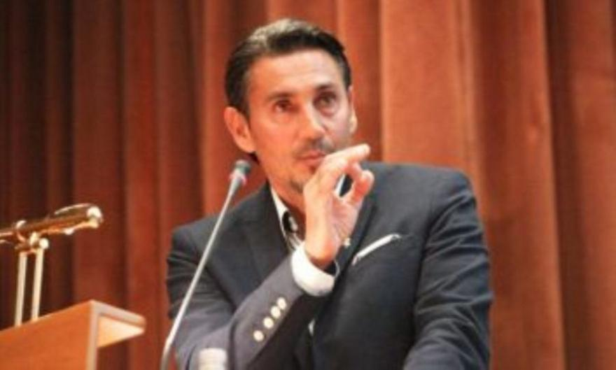 Καταγγέλλει τον αντιπρόεδρο της ΕΙΟ ο Κακλαμανάκης