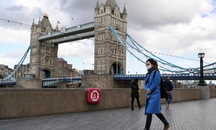 Μεγάλη μείωση στον αριθμό των υπολογιζόμενων φορέων του κορωνοϊού στην Αγγλία
